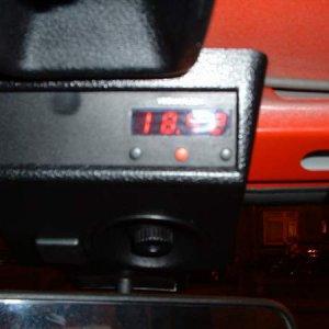 Uno_Clock_Compact.JPG