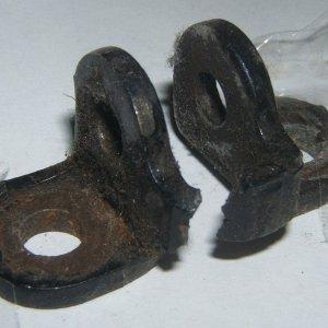 check-strap-broken-01.jpg